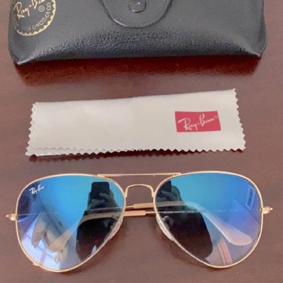 Ray Ban Aviator SunglAsses Gold Blue Gradient Lens